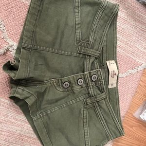 Olive green hollister shorties